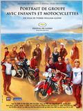 Portrait de groupe avec enfants et motocyclettes