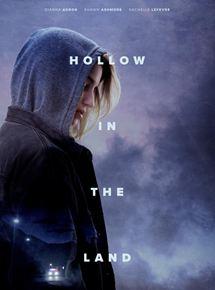 Film Hollow in the Land Streaming Complet - Un an après l'arrestation de son père, une jeune lesbienne est en plein désarroi. Lorsque...