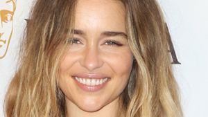 Emilia Clarke, la mère des dragons de Game of Thrones, fête ses 30 ans !
