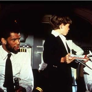 Y a-t-il un pilote dans l'avion ? : Photo Kareem Abdul-Jabbar, Peter Graves