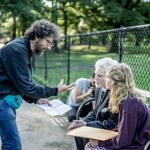 L'Histoire de l'Amour : Photo Derek Jacobi, Radu Mihaileanu, Sophie Nélisse