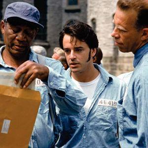 Les Evadés : Photo Gil Bellows, Morgan Freeman