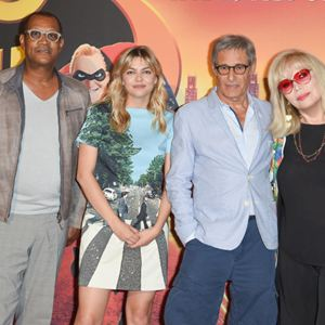 Les Indestructibles 2 : Photo promotionnelle Amanda Lear, Gérard Lanvin, Louane Emera, Thierry Desroses