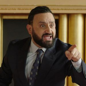Les Déguns : Photo Cyril Hanouna