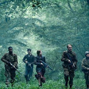 Overlord : Photo Dominic Applewhite, John Magaro, Jovan Adepo, Mathilde Ollivier, Wyatt Russell