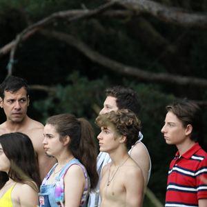 L'Heure de la sortie : Photo Adèle Castillon, Laurent Lafitte, Luàna Bajrami, Matteo Perez, Thomas Guy