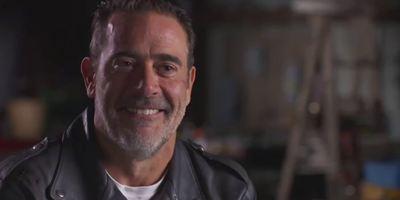 The Walking Dead : Negan seul contre tous dans la featurette de la saison 8