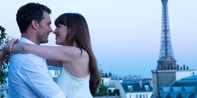50 nuances : adoptez le look Anastasia Steele / Christian Grey [PARTENAIRE]