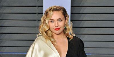 Black Mirror : Miley Cyrus au casting de la saison 5 [MàJ]