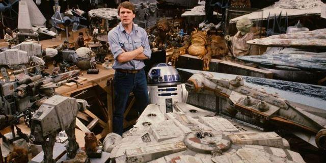 Comic-Con Paris 2017 - Boba Fett, le Faucon Millenium… Joe Johnston revient sur sa participation à Star Wars