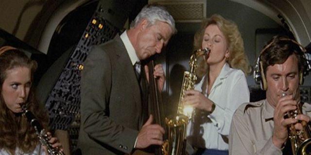 """Ce soir à la télé : on mate """"Y a-t-il un pilote dans l'avion ?"""" et """"Complots"""""""