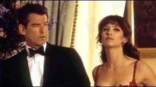 "Audiences : ""Masterchef""  bat James Bond !"