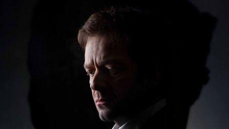 """Jonathan Zaccaï dans Intrusion : """"Il est rare pour une production française d'aller aussi loin dans le fantastique"""""""