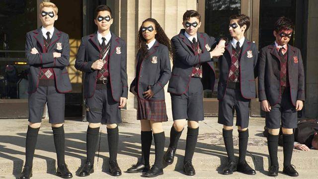 C'est sur Netflix en février : les super-héros d'Umbrella Academy et Paris est à nous, le film d'un genre nouveau
