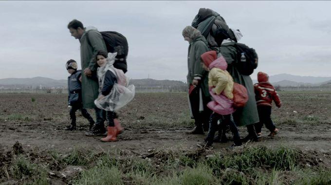 Photo 1 pour Des Spectres hantent l'Europe