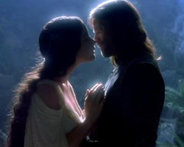 Trailer du film le seigneur des anneaux la communaut de l 39 anneau le seigneur des anneaux - Tatouage seigneur des anneaux ...