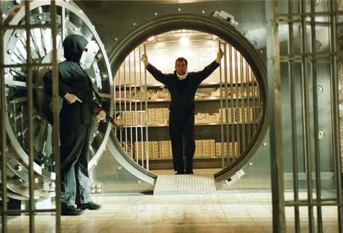 Photo du film inside man l 39 homme de l 39 int rieur photo for A l interieur film