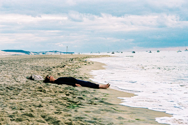 Mères et filles : photo Julie Lopes-Curval, Marina Hands