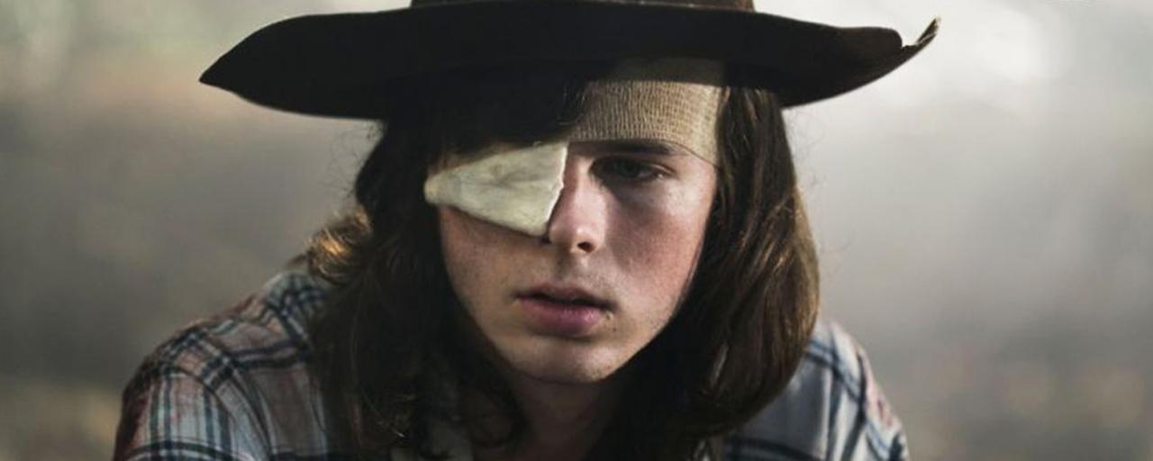 The Walking Dead : les héros font leurs adieux à l'un des leurs sur les photos de l'épisode de reprise