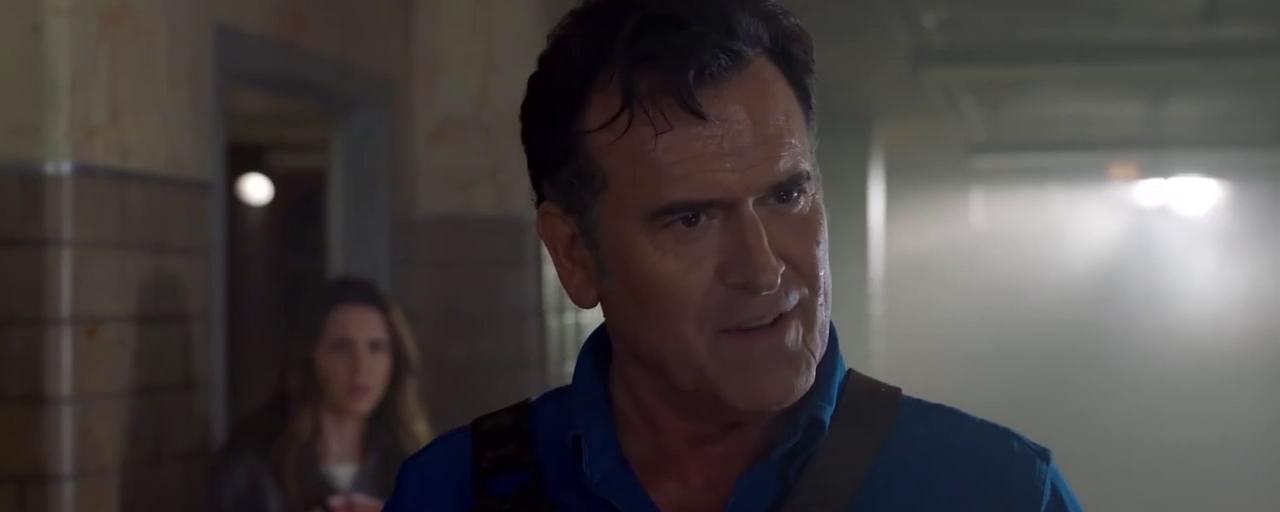 Ash vs Evil Dead : le héros retrouve sa fille dans la bande-annonce sanglante de la saison 3