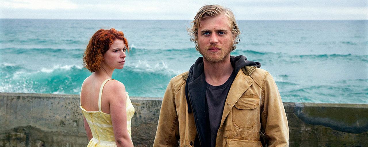 """Jersey Affair : """"L'endroit où l'on grandit est celui où la nostalgie et les émotions sont les plus fortes"""" selon le réalisateur Michael Pearce"""