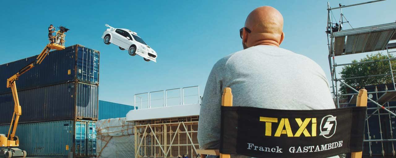 taxi 5 comment franck gastambide et malik bentalha ont pris le volant de la saga actus. Black Bedroom Furniture Sets. Home Design Ideas