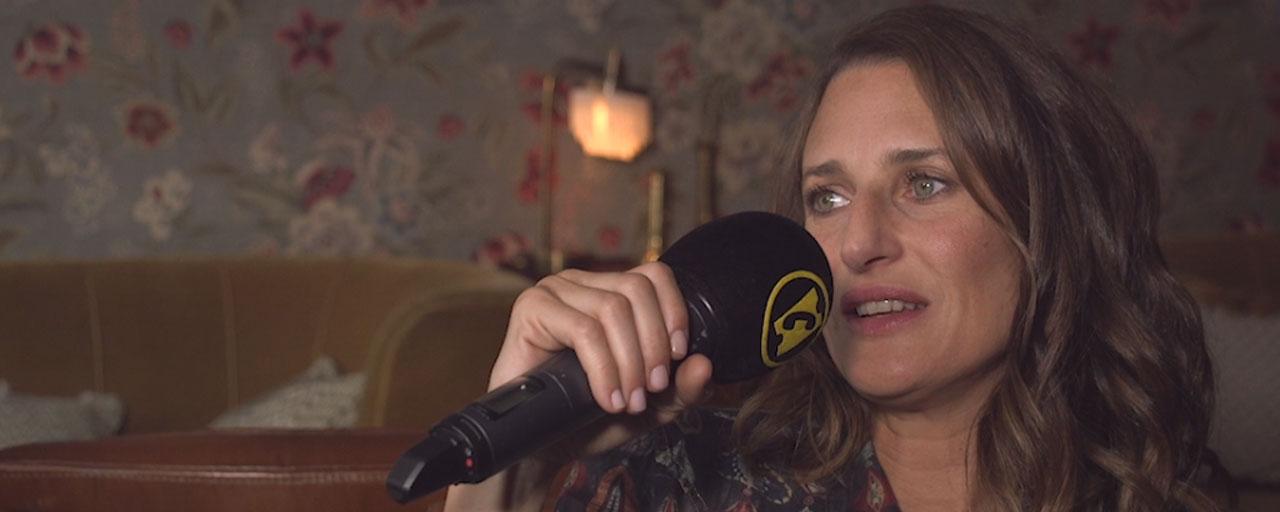 """Dix Pour Cent saison 3 : Camille Cottin se dit """"très heureuse du parcours d'Andréa et ce pour quoi ça milite"""""""