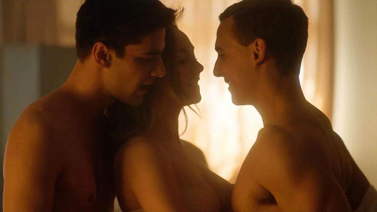 Elite, Outlander...  7 séries sexy du moment qui donnent chaud