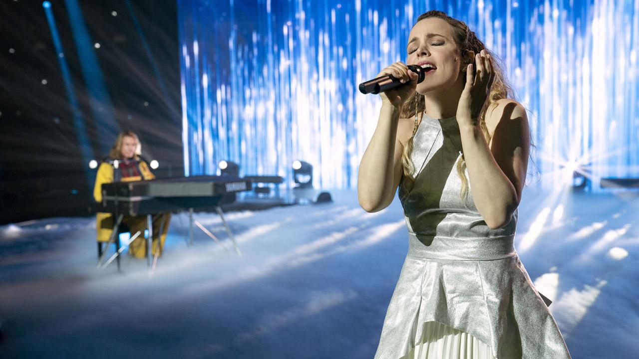 Eurovision Song Contest (Netflix) : Will Ferrell et Rachel McAdams chantent-ils vraiment dans le film ?