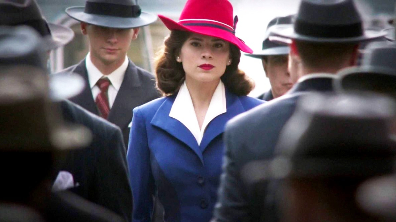 """Agent Carter sur Disney + : """"Chris Evans est fan de la série"""" selon Hayley Atwell"""
