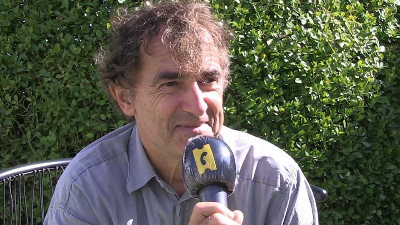 Adieu les cons : de Brazil à Chaplin, les influences de Dupontel