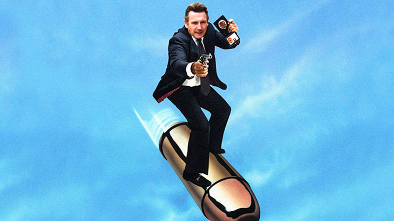 Y a-t-il un flic : Liam Neeson va-t-il succéder à Leslie Nielsen dans le remake ?