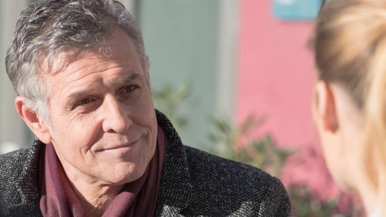 """Demain nous appartient : """"Les gens vont commencer à se poser des questions sur Renaud"""" selon Pierre Deny"""