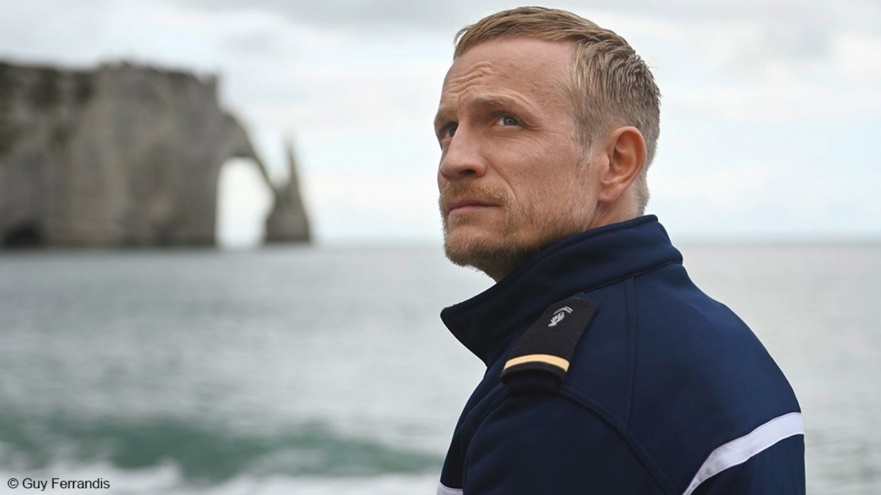 Berlinale 2021 : Jérémie Rénier magistral dans l'Albatros de Xavier Beauvois