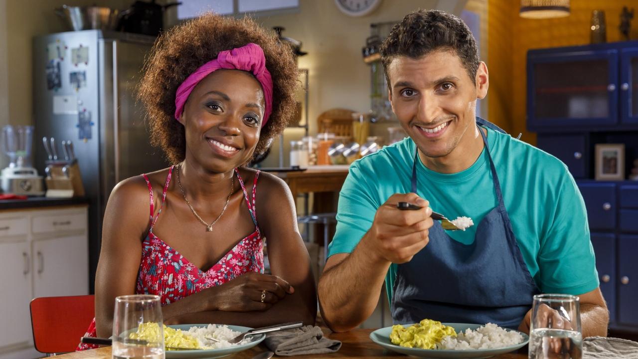 Scènes de ménages : tout sur le nouveau couple qui débarque fin août sur M6
