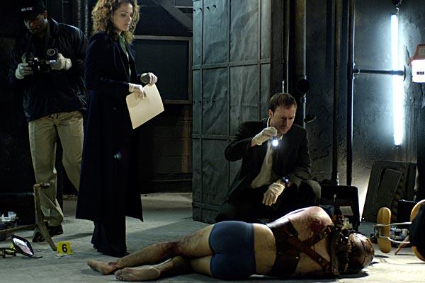 Saw 2 : Photo Darren Lynn Bousman, Dina Meyer, Donnie Wahlberg