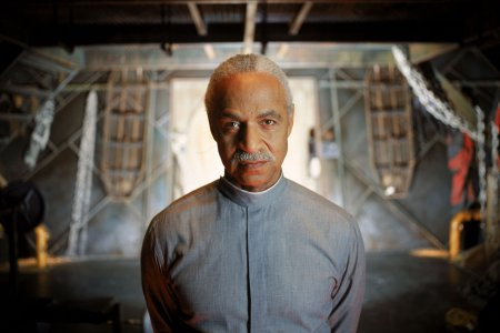 Firefly : Photo Ron Glass