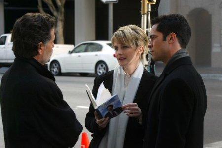 Cold Case : affaires classées : Photo Chris Sarandon, Danny Pino, Kathryn Morris