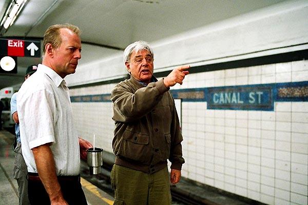16 Blocs : Photo Bruce Willis, Richard Donner