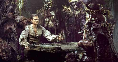 Pirates des Caraïbes : le Secret du Coffre Maudit : Photo Bill Nighy, Orlando Bloom