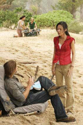 Lost, les disparus : Photo Josh Holloway, Yunjin Kim