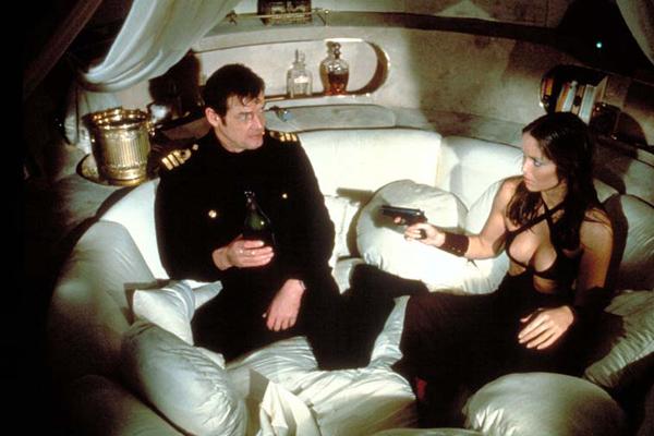 photo du film l 39 espion qui m 39 aimait photo 13 sur 22 allocin. Black Bedroom Furniture Sets. Home Design Ideas
