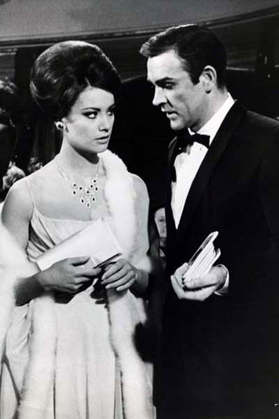 Opération Tonnerre : Photo Claudine Auger, Sean Connery, Terence Young