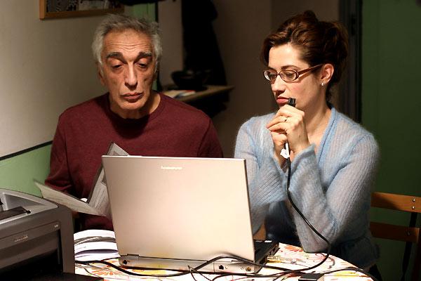 Deux vies plus une : Photo Emmanuelle Devos, Gérard Darmon, Idit Cebula