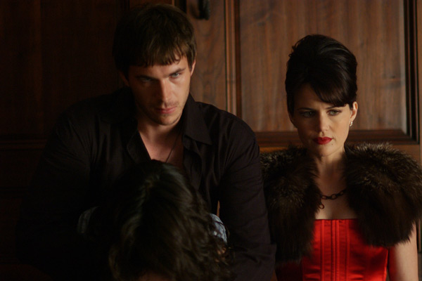 Rise : Photo Carla Gugino, James d'Arcy, Sebastian Gutierrez