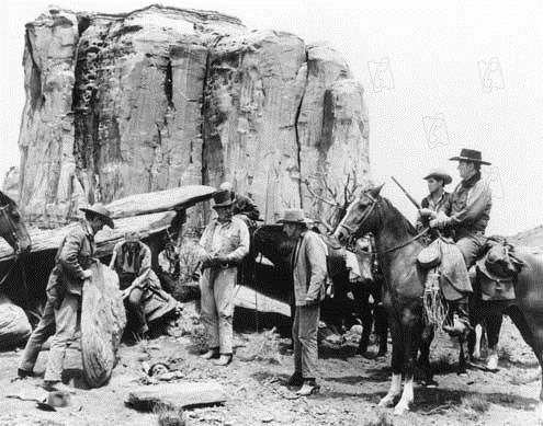 La Prisonnière du désert : Photo Jeffrey Hunter, John Ford, John Wayne