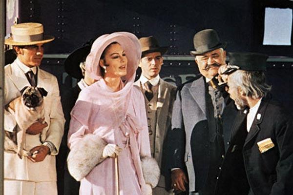 Juge et Hors-la-loi : Photo Ava Gardner, John Huston