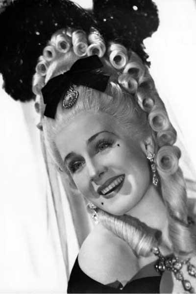 Marie Antoinette : Photo W.S. Van Dyke