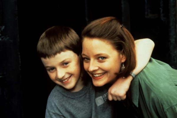Le Petit homme (TV) : Photo Adam Hann-Byrd, Jodie Foster