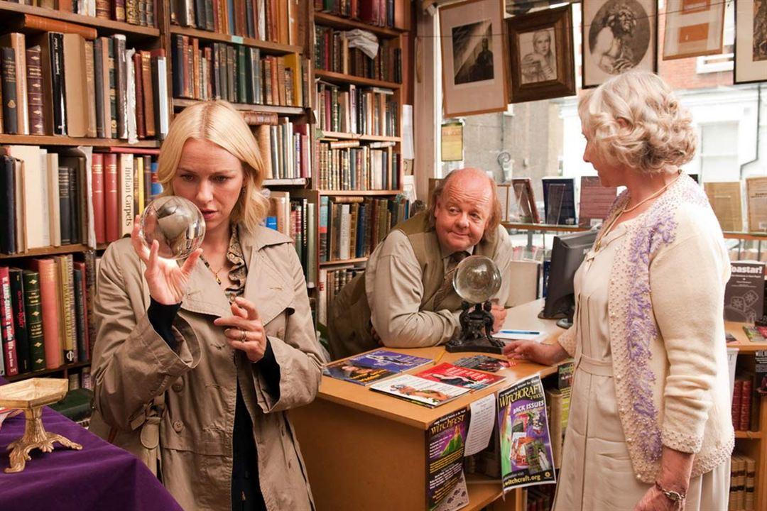Vous allez rencontrer un bel et sombre inconnu : Photo Gemma Jones, Naomi Watts, Roger Ashton-Griffiths